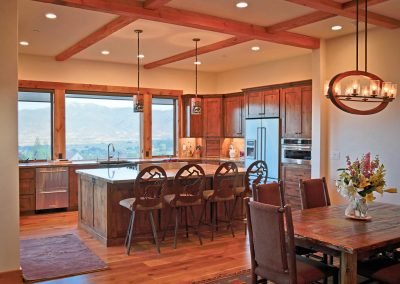 Mountain resort - kitchen & dining