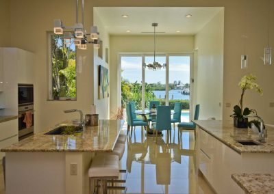 Florida Contemporary - breakfast nook