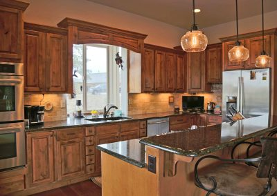 Economic Elegance: kitchen