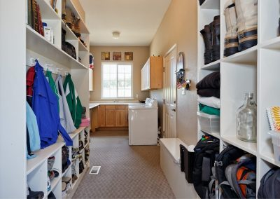 Family Friendly home: laundry/mud room